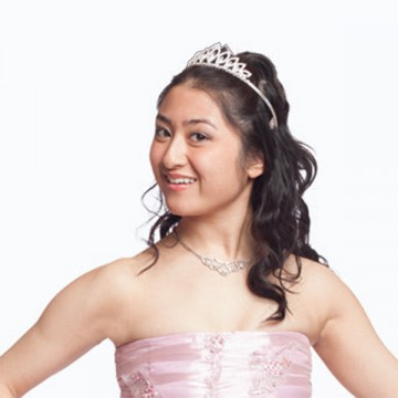Stephanie-as-debutante_sqr_2x2_300dpi